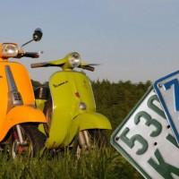 Versicherungskennzeichen Scooter 50er