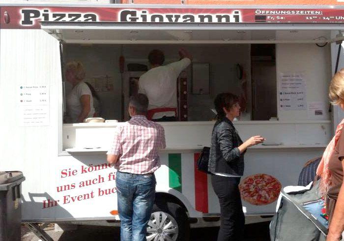 pizza giovanni Vespa Treffen