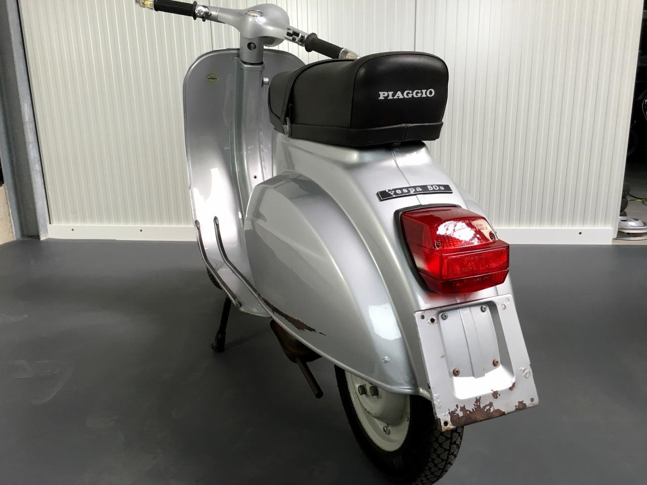 eine spezielle vespa v50s scooter center scootershop rollershop blog. Black Bedroom Furniture Sets. Home Design Ideas