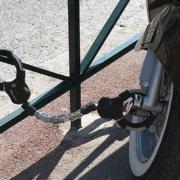 Masterlock Handschellen Vespa Lambretta Motorroller Scooter Schloss