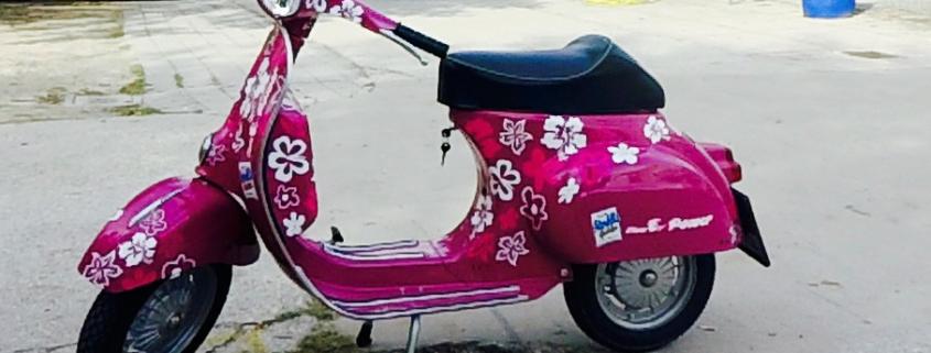 Vespa mit Elektro-Motor