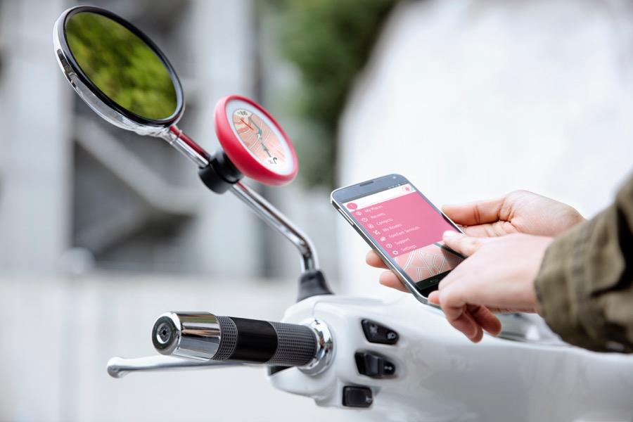 TomTom Vio Scooter Navigation - App