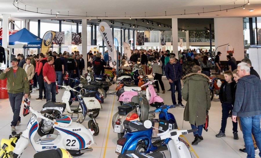 Vespa Alpencustomshow Innsbruck 2017