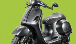 Faltbroschuere_GTS_A3_Seite_1-vespa-gts-scooter-center