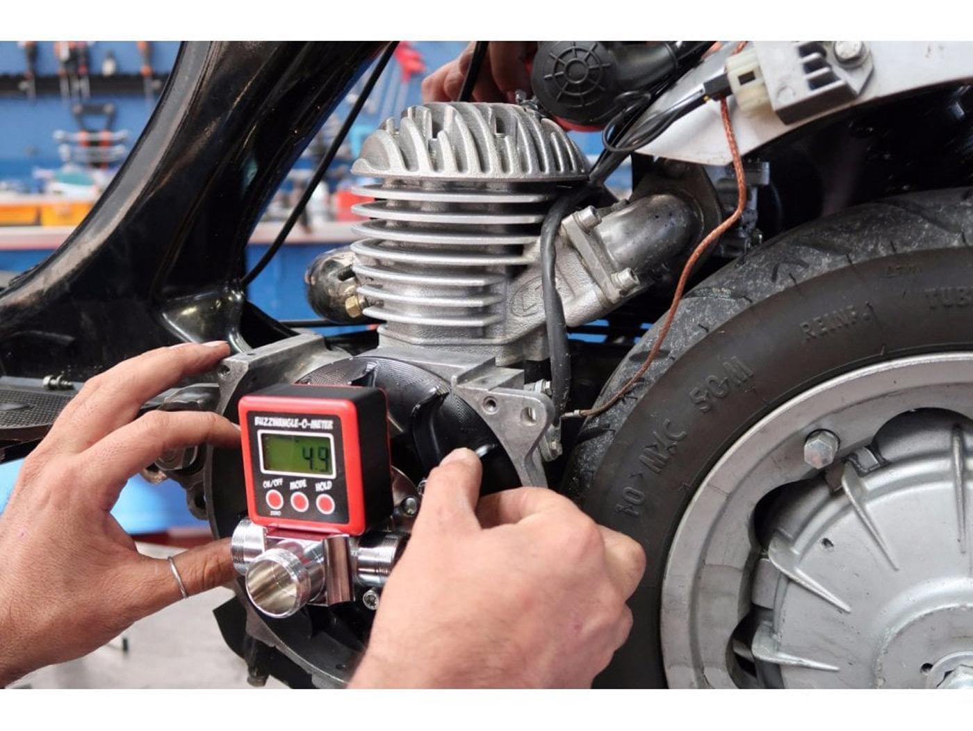 2-Takter: Vespa / Lambretta Zündung einstellen mit digitaler Gradscheibe