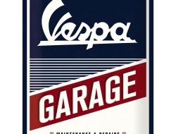 23257-nostalgic-vespa-merchandise