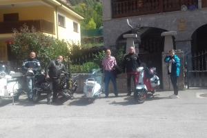 Amigos de la Vespa y Lambretta 3
