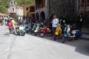 Amigos de la Vespa y Lambretta 7