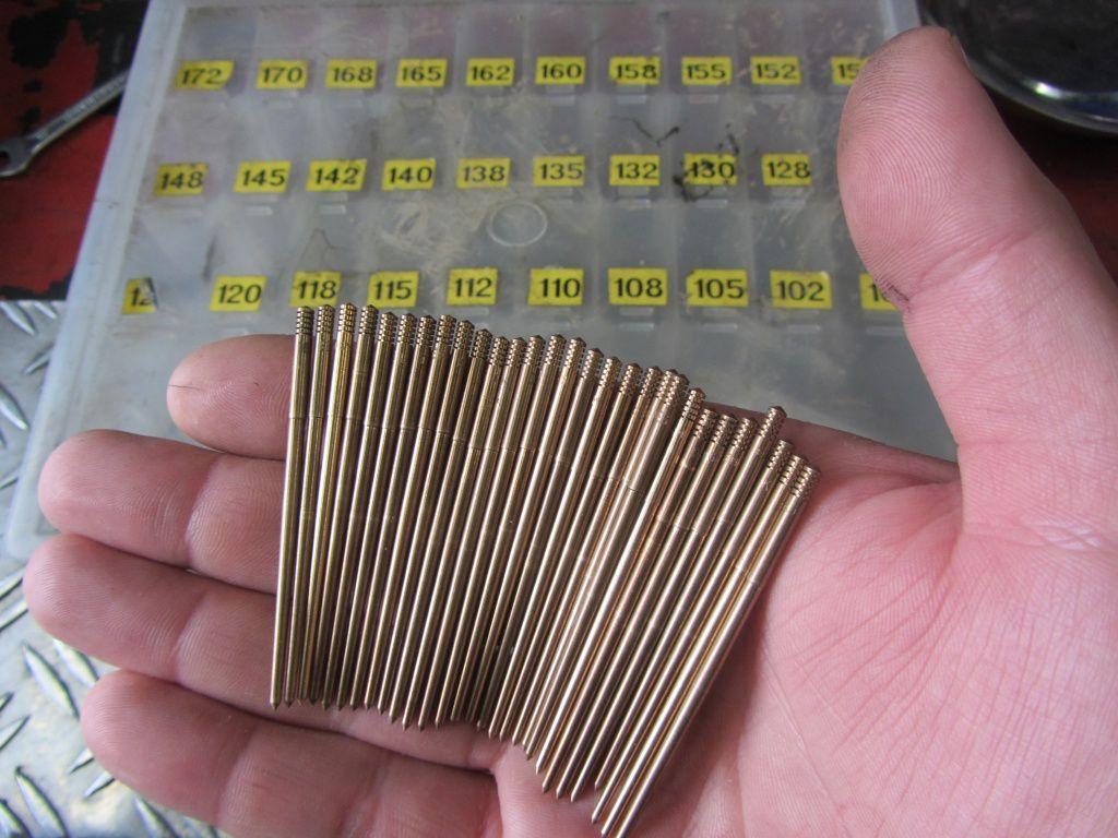 Kleine Auswahl an Keihin Nadeln