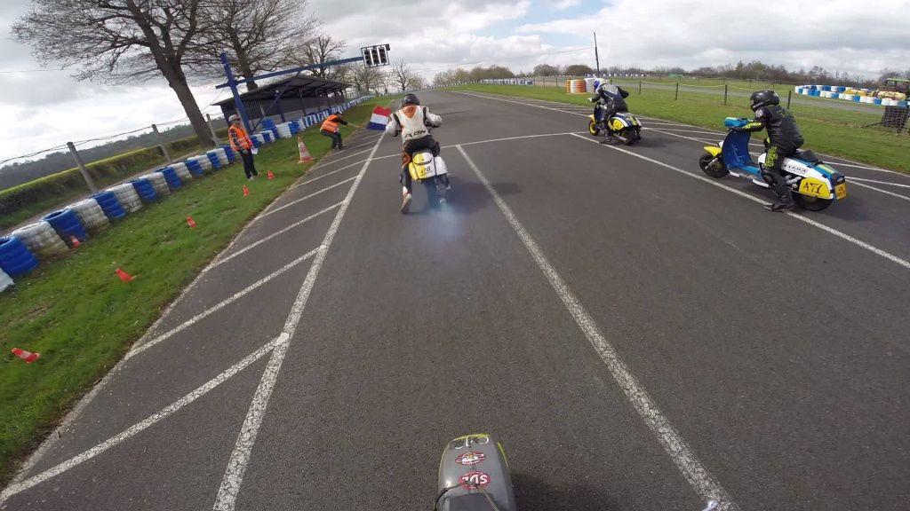 vespa-lambretta-racing-challenge-scootentole_Marcillat_02