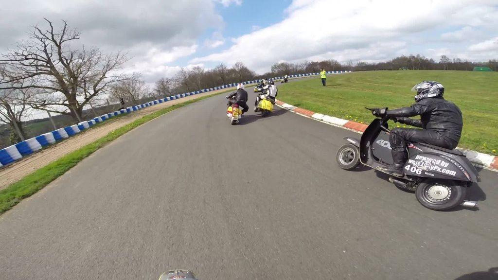 vespa-racing-challenge-scootentole_Marcillat_03